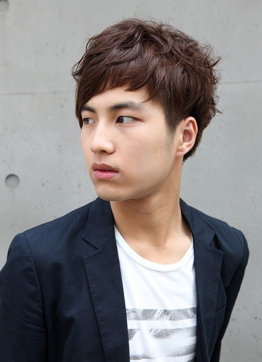 estilo-coreano-flequillo-corto