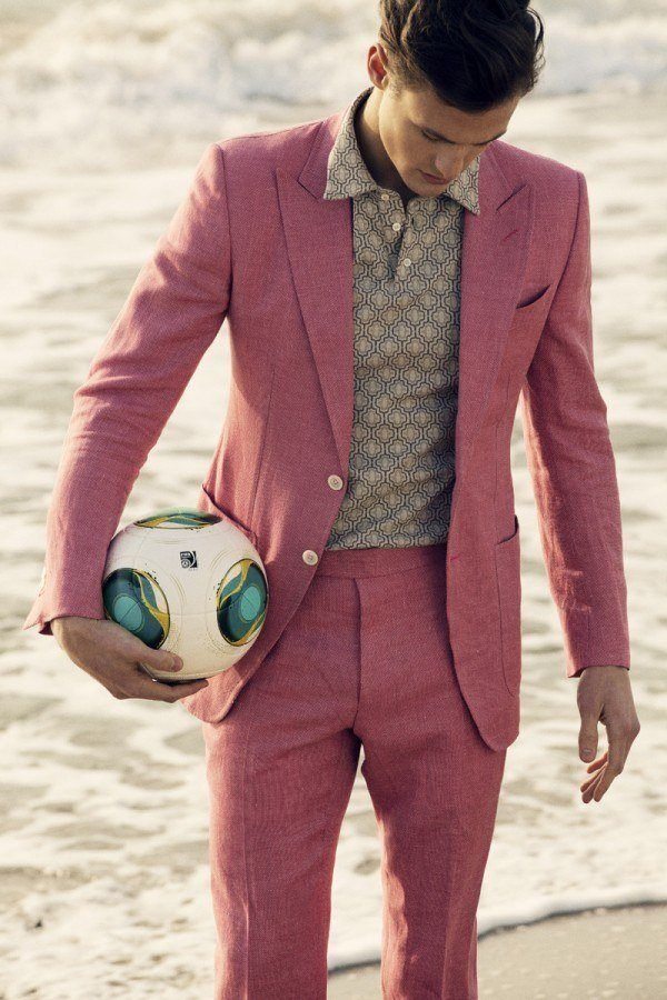 tendencias-trajes-hombre-primavera-verano-2013-rosa-lino-Tom Ford