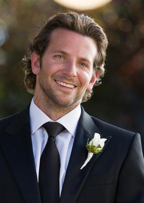 los-mejores-cortes-de-cabello-hombre-para-una-boda-comunion-bautizo-2014-pelo-largo-bradley-cooper