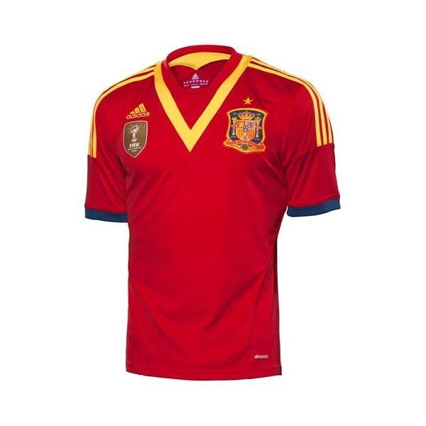 la-camiseta-oficial-espana-copa-confederaciones-2013