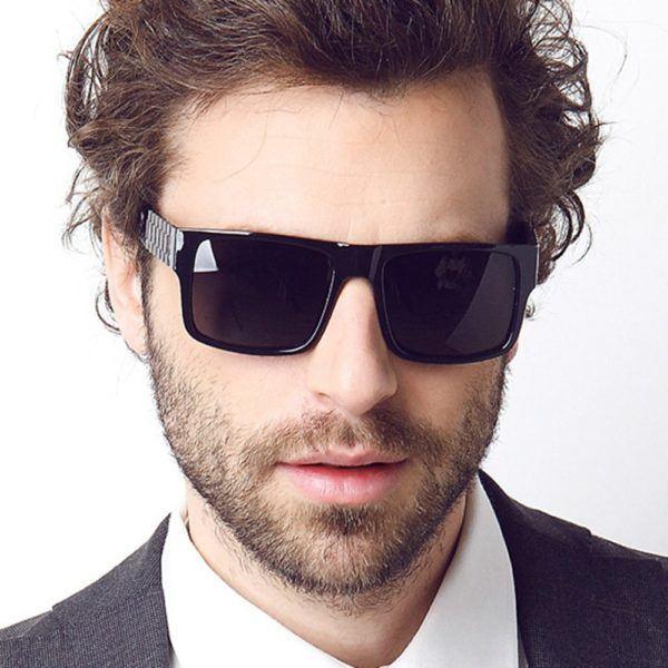 tendencias-gafas-de-sol-2016-gafas-de-estilo-futurista