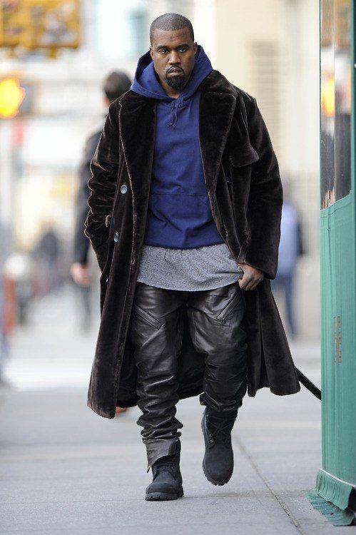pantalones baggy cuero de Kane West