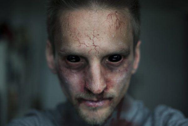 maquillaje-de-zombie-para-halloween-2014