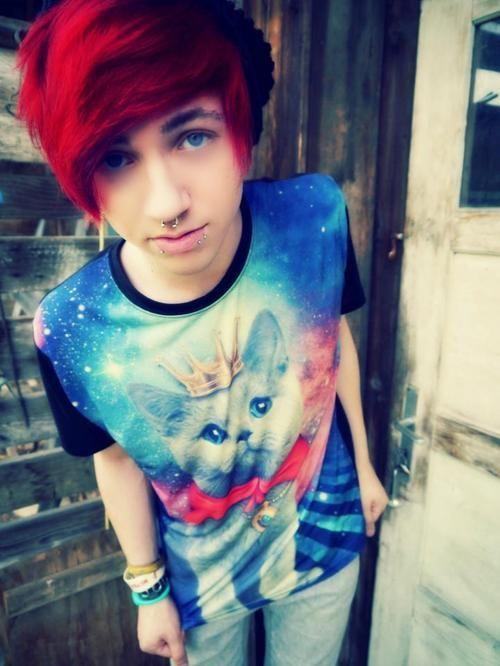 cortes-de-pelo-y-peinados-emo-50-fotos-cabello-color-rojo