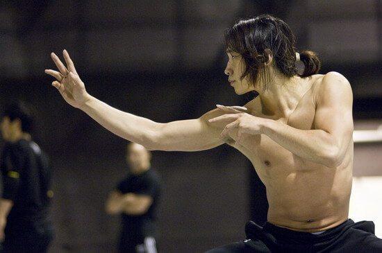 cortes-de-cabello-japoneses-y-coreanos-para-hombres-estilo-samurai