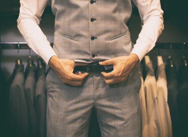 Como elegir el cinturon correcto traje