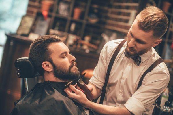 Estilo hipster hombre barba recortar