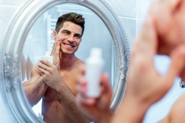 Las mejores cremas hidratantes para hombres cara