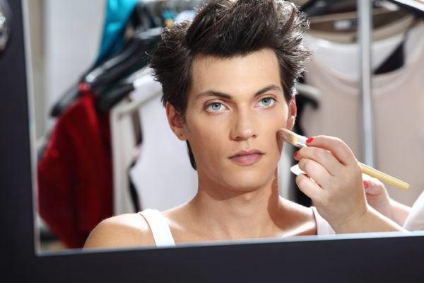 3 codigos maquillaje perfecto hombre