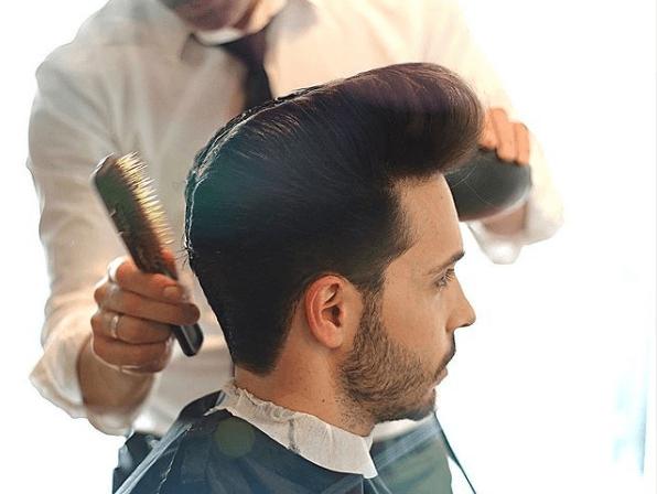 Cortes de pelo hombres, los tupés están de moda en 2021 Rockabilly