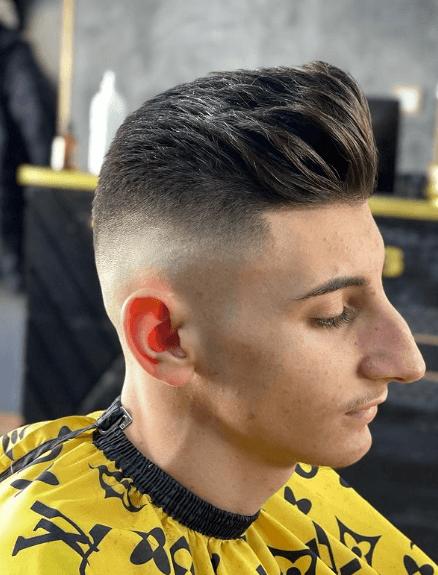 Cortes de pelo hombres, los tupés están de moda en 2021 elevado