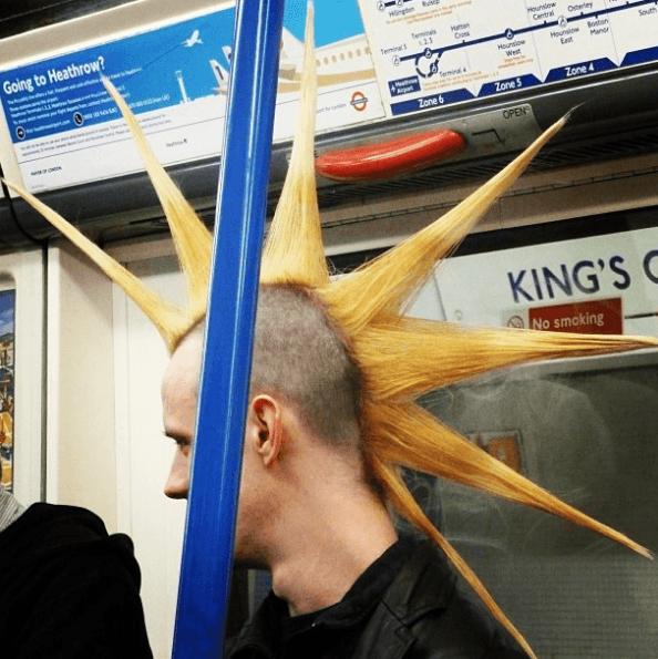 Los mejores peinados con cresta para hombre 2021 infinita con pinchos