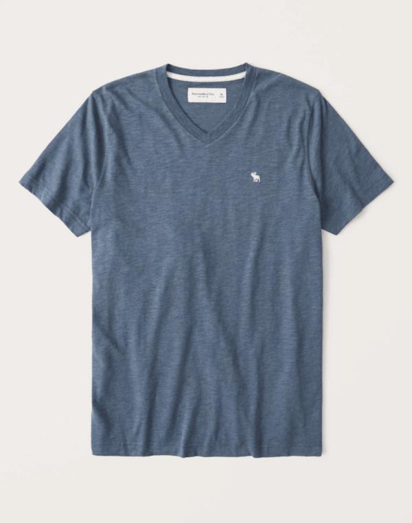 Las Rebajas en Abercrombie para Verano 2021 camiseta cuello V