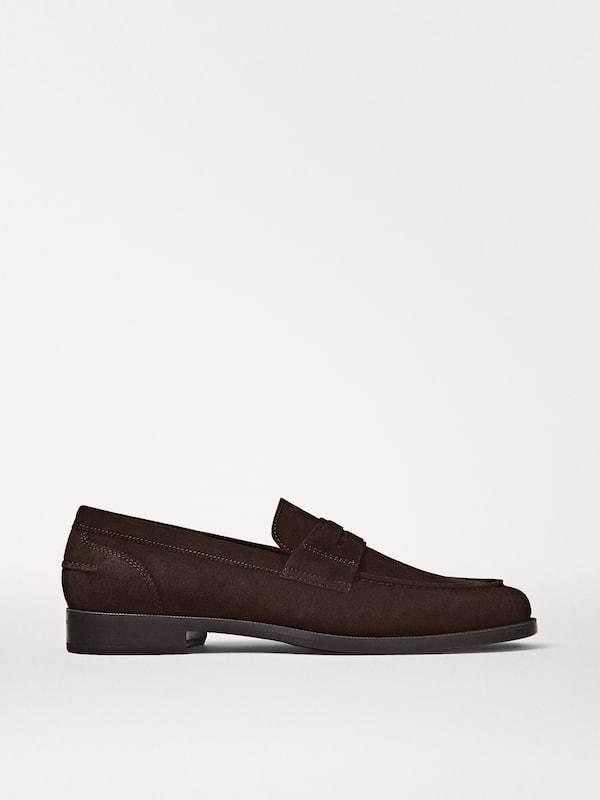 Zapato mocasín piel serraje Catálogo Massimo Dutti temporada otoño invierno 2020 2021
