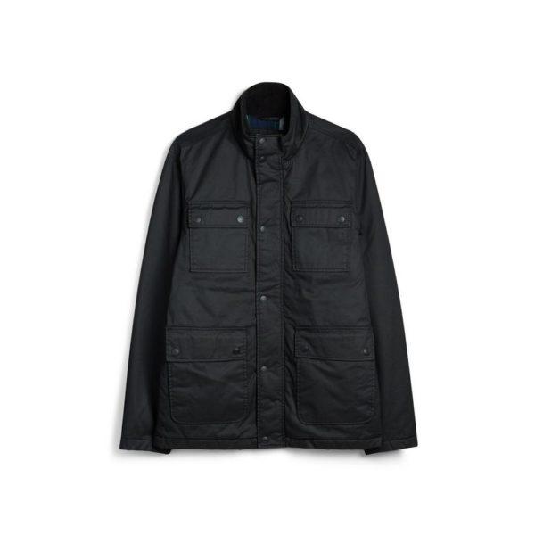 Chaqueta negra cuello chimenea Primark temporada otoño invierno 2020 2021