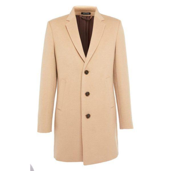 Abrigo crema elegante Primark temporada otoño invierno 2020 2021
