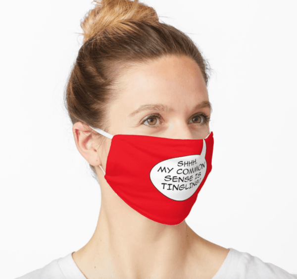 Disfraz Deadpool Halloween 2020 sentido común mascarilla roja