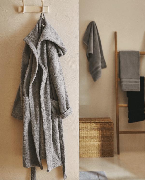 Batas del catálogo Zara para Hombre Otoño Invierno 2021 albornoz algodón calidad premium