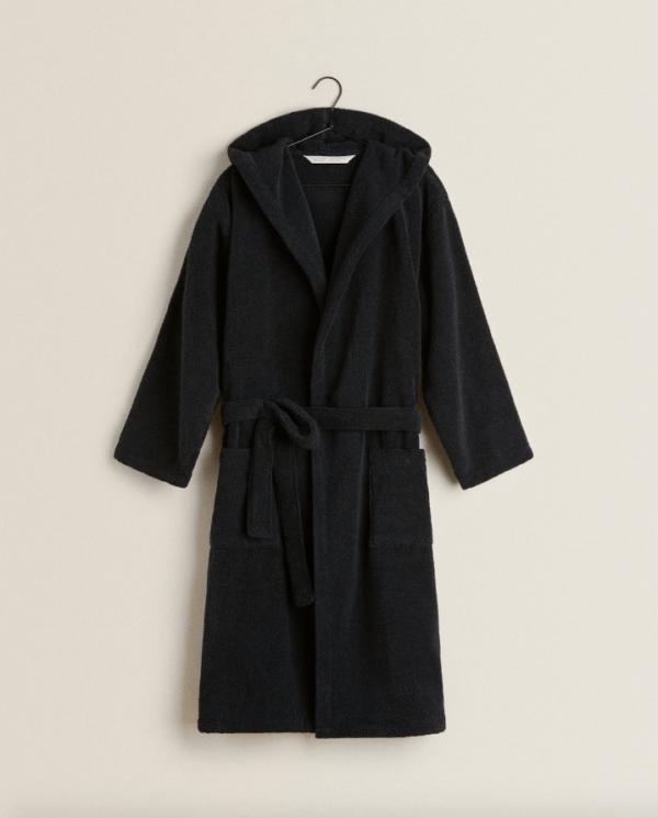 Batas del catálogo Zara para Hombre Otoño Invierno 2021 albornoz extra suave