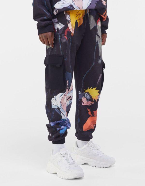 Catálogo Bershka hombre Otoño Invierno 2020 2021 pantalón cargo Naruto