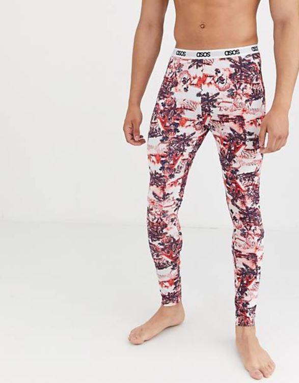 pantalon de pijama con plantas navideñas