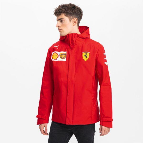 Catálogo Puma Otoño Invierno 2020 2021 chaqueta con capucha Ferrari Team Woven