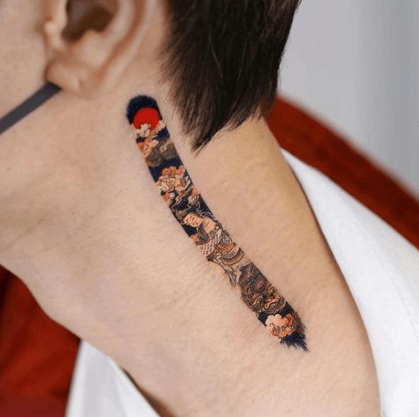 Tatuajes pequeños para cuello hombre 2021 color pincelada
