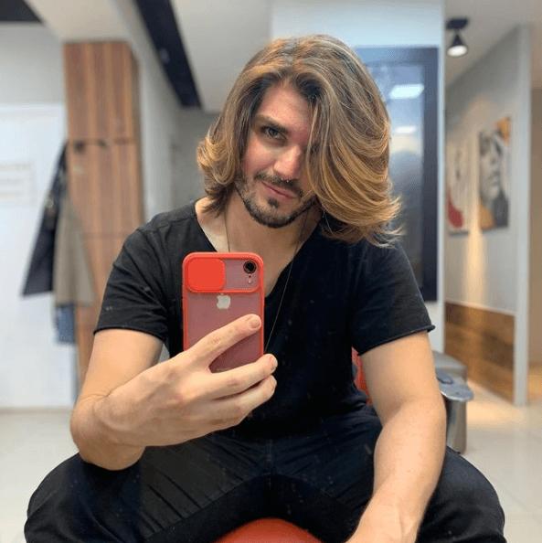 Propiedades del aceite de ricino para el pelo: ¿qué efectos tiene? Pelo largo