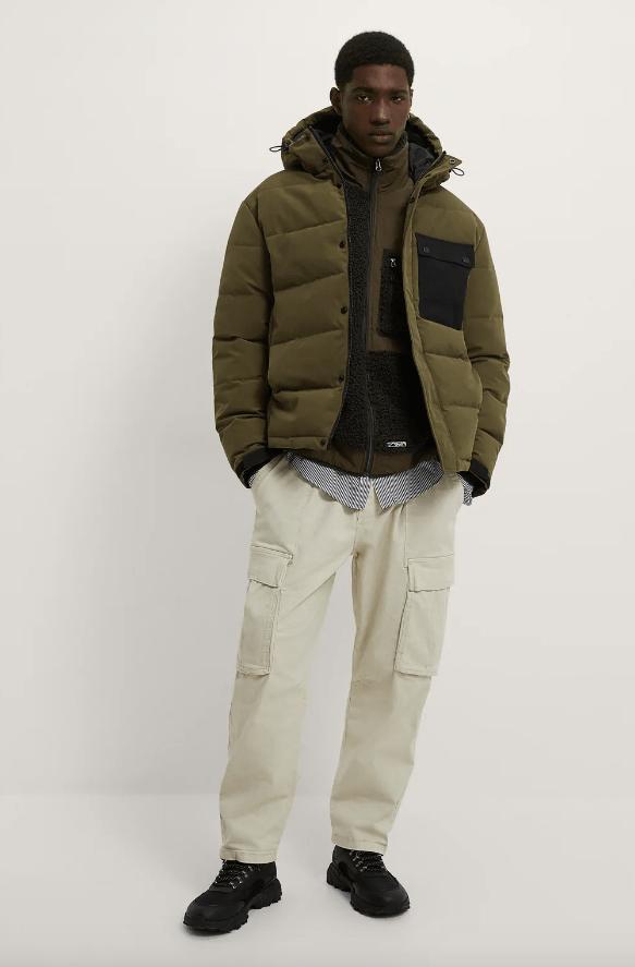 Abrigos de hombre Zara Invierno 2021 cazadora acolchada bolsillo combinado
