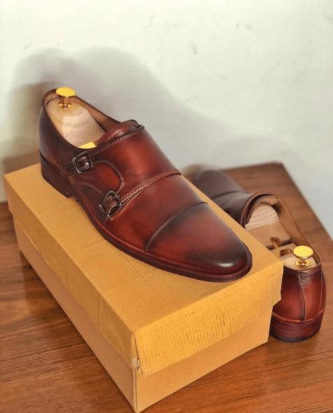 Los diferentes tipos de zapatos para vestir y cuándo usar cada uno Monk hebilla