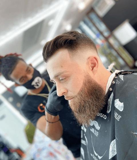 Peinados y cortes de Pelo para hombres con poco pelo y con entradas comb over radical