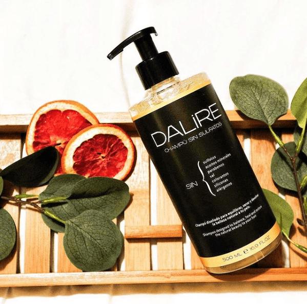 La review más completa del champú sin sulfatos de cebolla de Dalire pomelo