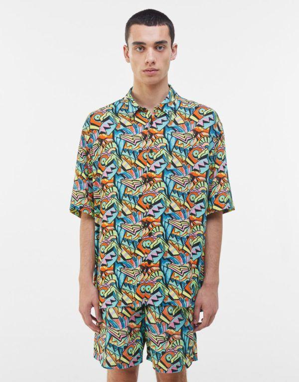 Catálogo Bershka hombre Verano 2021 camisa relaxed print