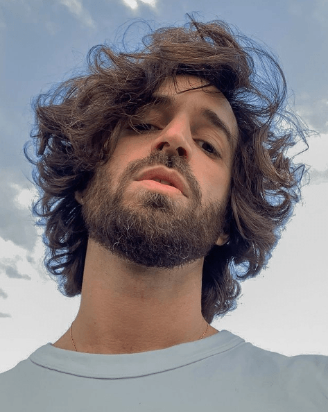 Las mejores vitaminas para el crecimiento del cabello media melena