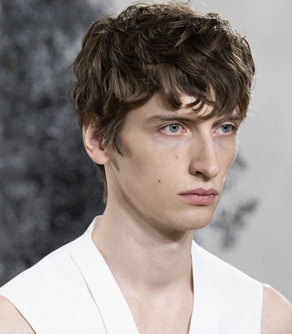 Cortes de pelo hombre primavera verano corte de pelo flequillo largo