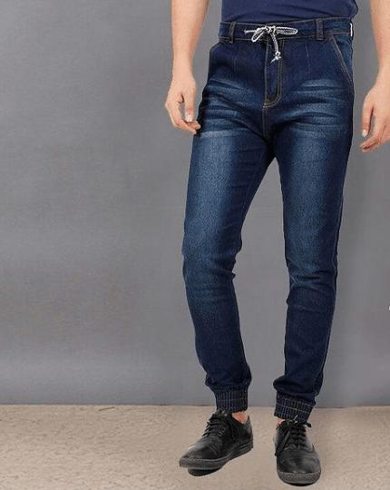 Cuáles son las diferencias entre un pantalón slim y un pantalón skinny y sus particularidades vaqueros