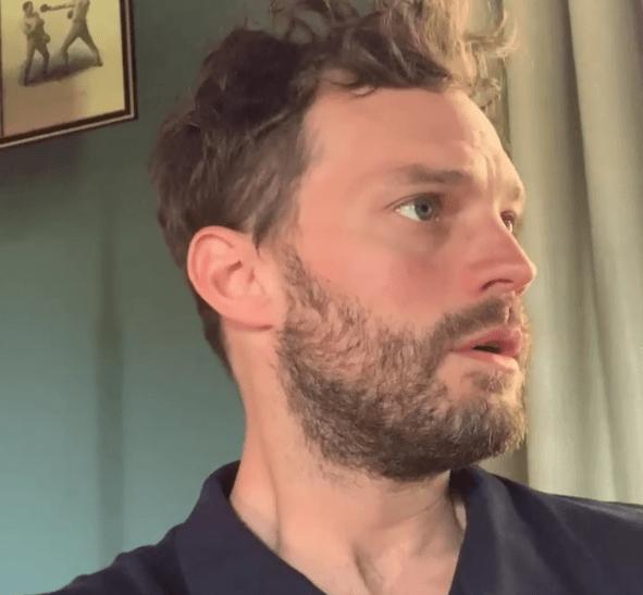 ¿Qué corte de pelo para hombre te favorece más según tu cara 2022? Fotos con Ejemplos Jamie Dornan