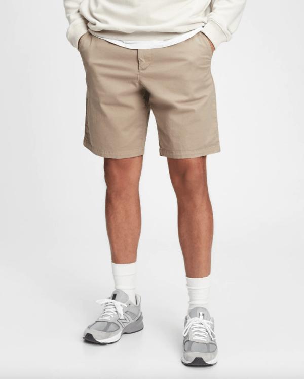Todos los tipos de pantalones cortos y cuál elegir para 2021 Gap Khaki