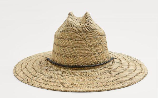 Como vestir elegantemente en verano sombrero zara