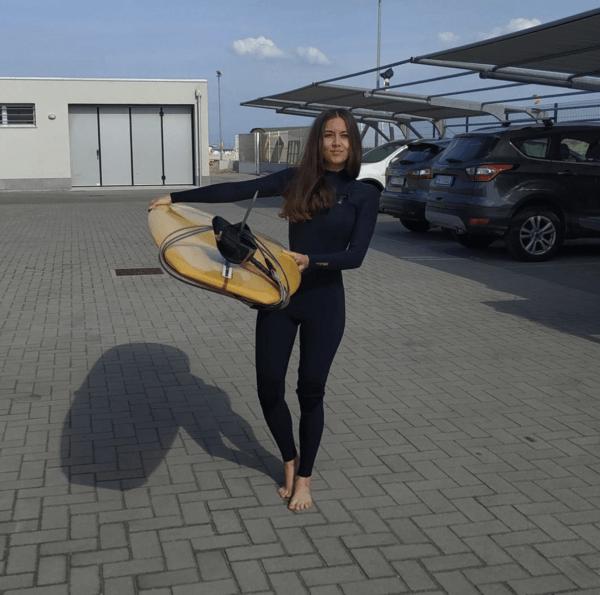 ¿Cuáles son los accesorios necesarios para hacer surf? Previa