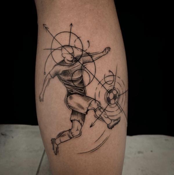 Las mejores ideas de tatuajes blackwork para hombres 2022 geométrico
