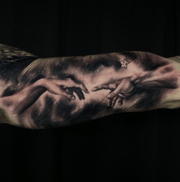 Las mejores ideas de tatuajes blackwork para hombres 2022 mano