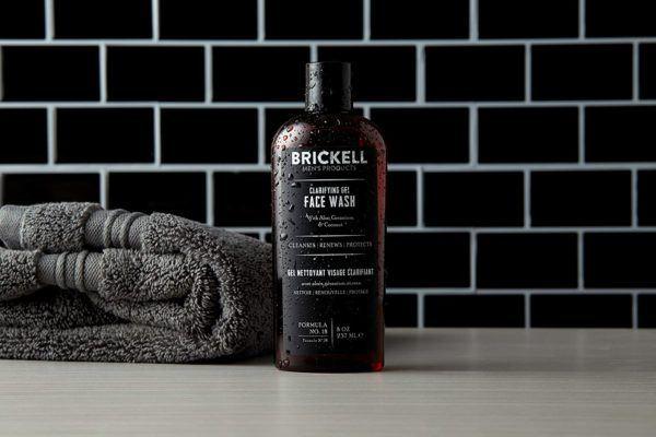 Los mejores productos para hombre para verse más joven Brickell