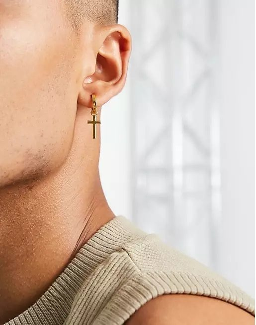 Todos los pendientes de hombre modelo asos cruz dorada