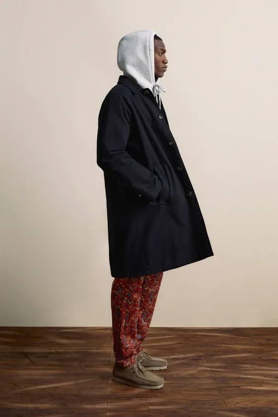 El catalogo de abrigos y chaquetas para hombre de zara parka estructura