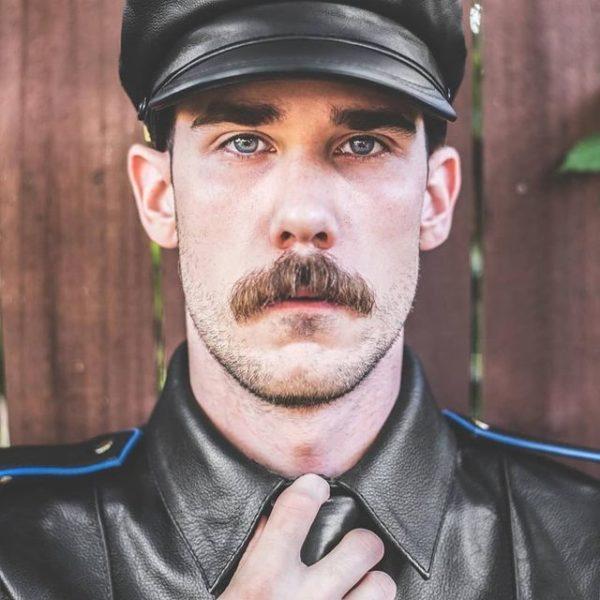 Mejores tipos o estilos de barba corta para hombres barba chevron