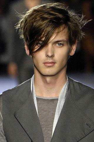 cortes de pelo y peinados masculinos largo o corto