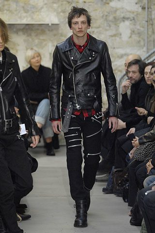junya-watanabe-fall-07-leather-jacket-092107-1.jpg