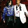 Michael Jackson se vuelve diseñador de ropa
