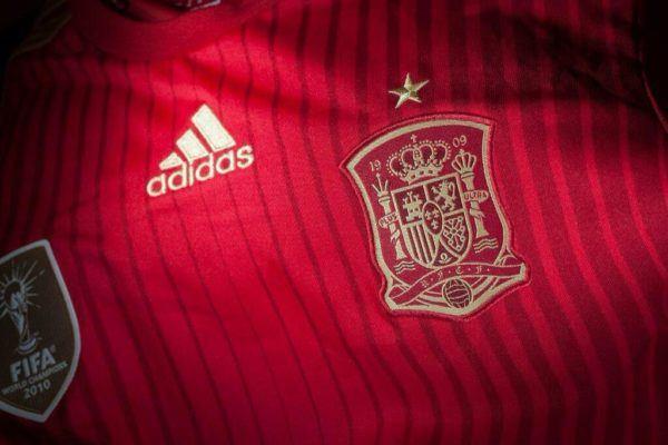 camiseta-oficial-espana-mundial-2014